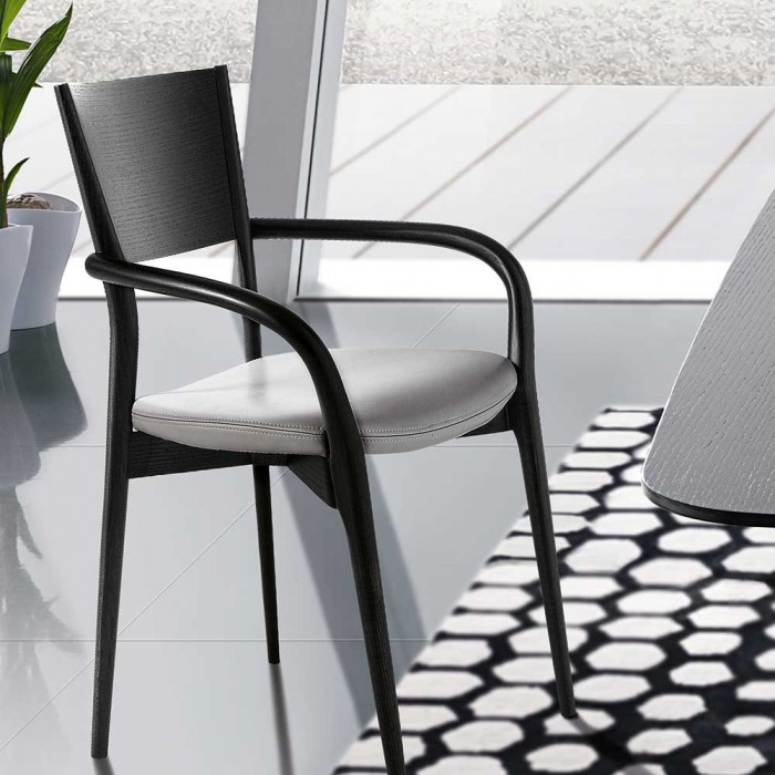 Bertha Chair with armrests